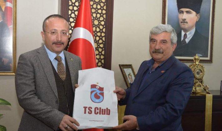 Trabzon'dan Vali Atik'e Kucak Dolusu Selam Getirdik