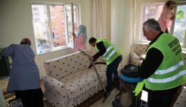 Evde Temizlik Hizmeti, İhtiyaç Sahiplerinin Yanında Olmaya Devam Ediyor