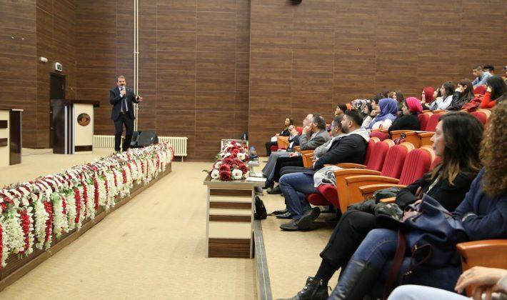 Çeviribilim Konferansı Gerçekleştirildi