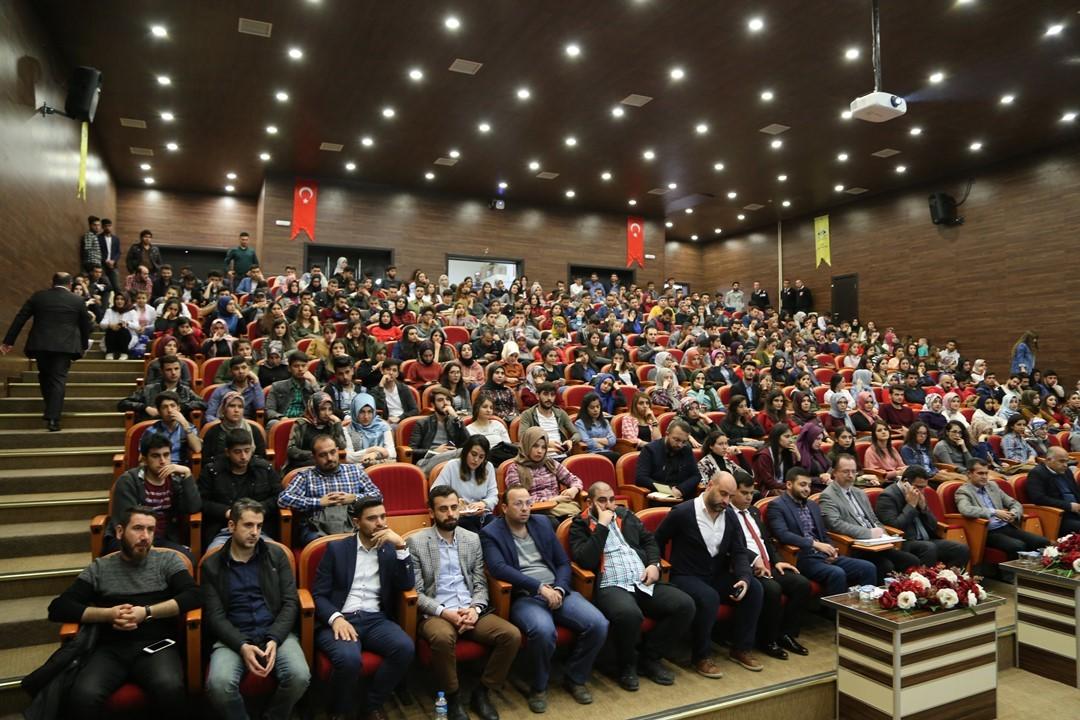 Yurt Dışında Eğitim ve Kariyer Konferansı Düzenlendi