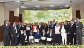 """""""TARIMA DEĞER KATANLAR """" YARIŞMASINDA SİİRT'E ÖDÜL"""