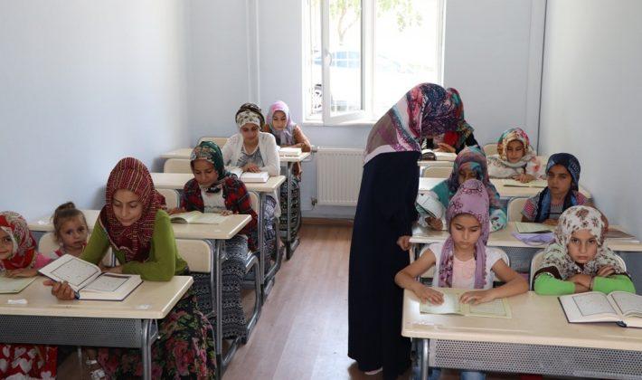 Saraçoğlu Gençlik Merkezi Kapılarını Açtı