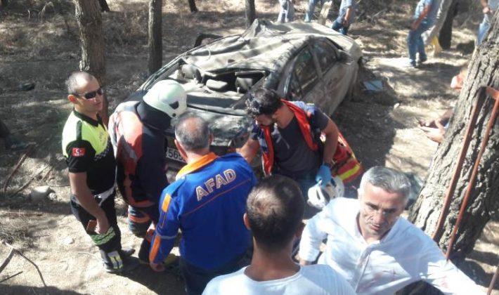 Virajı Alamayan Otomobil Kaza Yaptı
