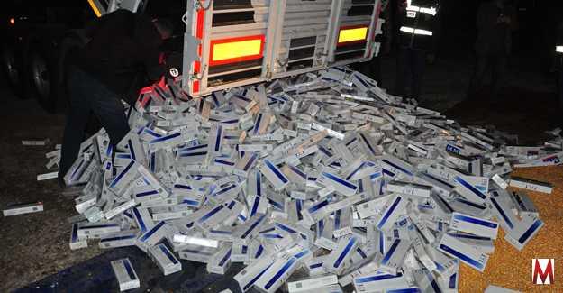 4250 Karton (42500 Paket) Kaçak Sigaraya Ele Geçirildi