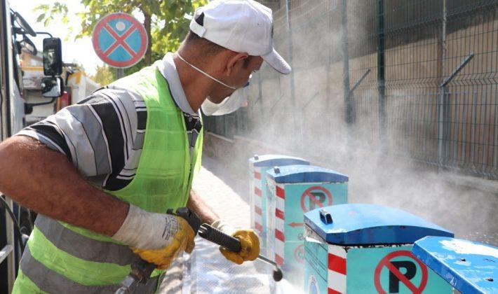 Yer Altı Çöp Konteynerleri Onarılarak Bakımları Yapılıyor