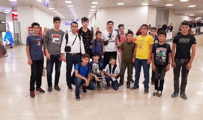 """""""SPOR İLE HAYATA GÜLÜMSE"""" PROJESİYLE MAÇLARI İZLİYORLAR"""