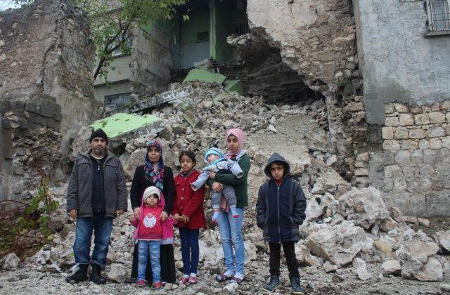 5 Çocuklu Aile Ölümden Döndü