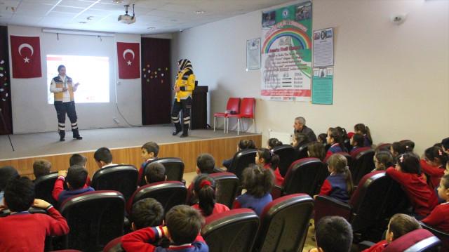 Siirt'te 112 Acil Çağrı Ve İlk Yardım Eğitimi