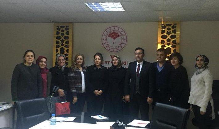 """""""Tarımda Kadın Girişimciliğinin Güçlendirilmesi Projesi"""" Türkiye Genelinde Aralarında Siirt'inde Bulunduğu 17 İlde Uygulanacak"""