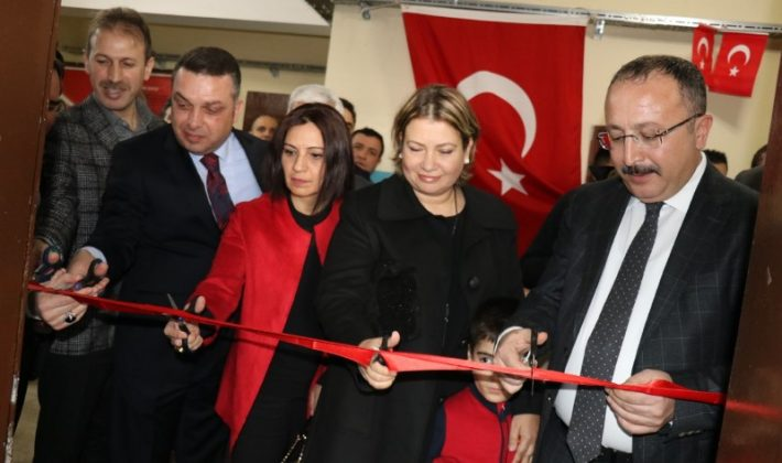 ŞEHİT POLİS RECEP SEVEN'İN ADI SİİRT'TE KÜTÜPHANEDE YAŞATILACAK