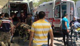 Siirt'te Asker Zırhlı Aracın Geçisi Sırasında Patlama  2 Asker  Yaralı