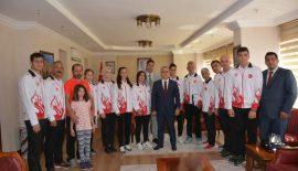 Siirt Beron Kulübü Başkanı ve Antrenörü Kamile Balcı Kick Boks Milli Takımı İle Macaristan'da