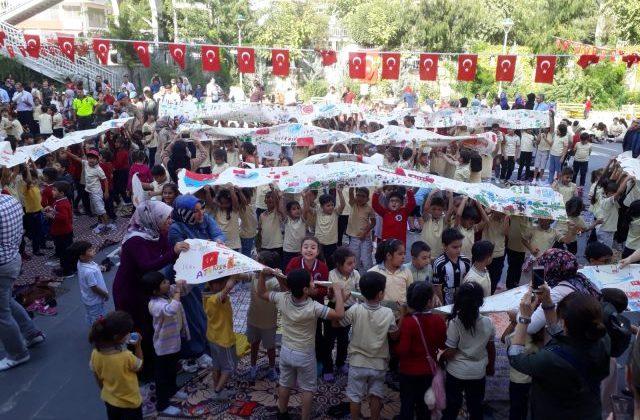 Minik Öğrencilerden Barış Pınarı Harekatına Destek