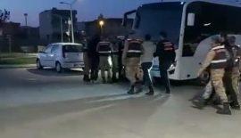Siirt'te Uyuşturucu Tacirleri Yapan 15 Kişi Tutuklandı